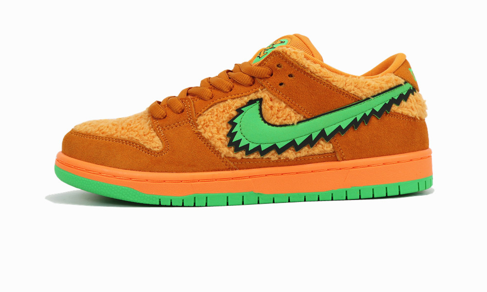 "Nike SB Dunk Low ""Orange Bear"""