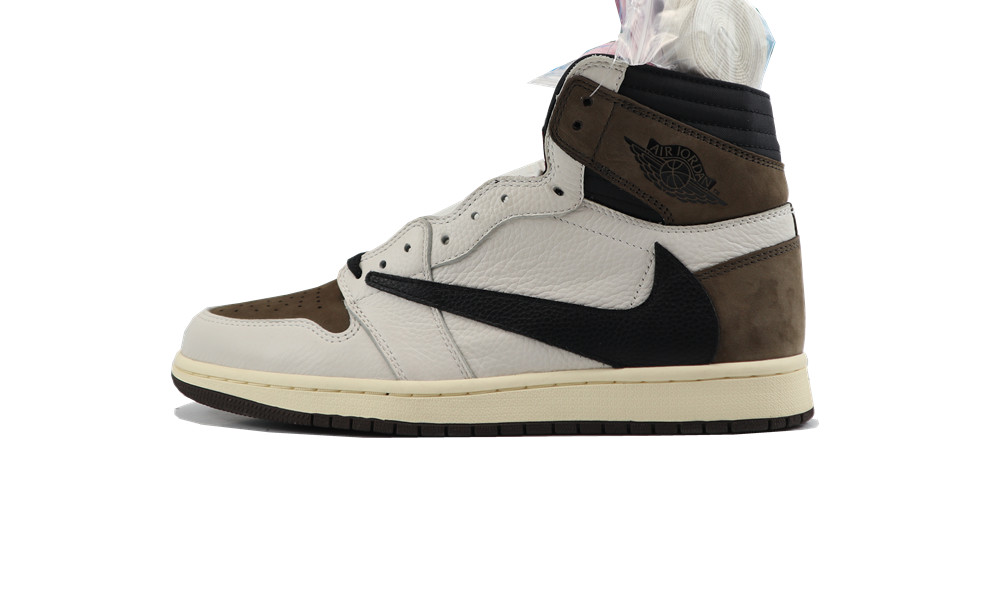 Best bacth JORDAN 1 RETRO HIGH White...