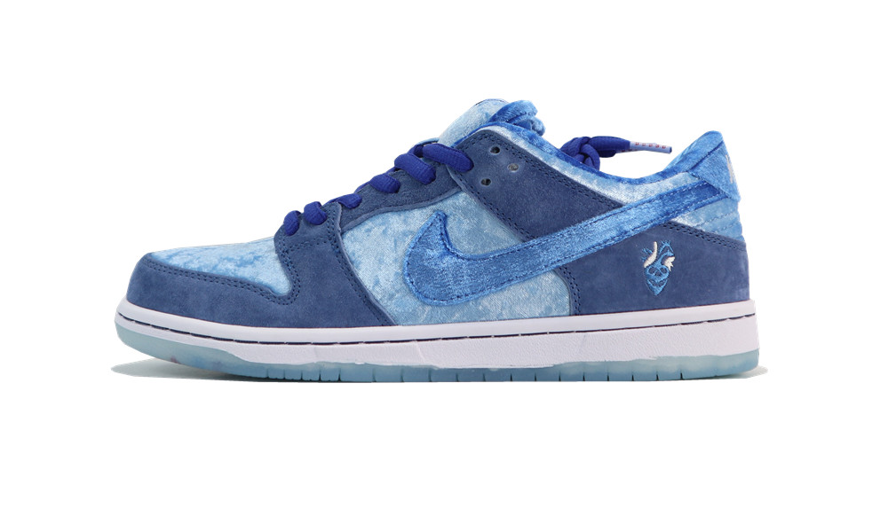 Dunk SB Low StrangeLove Skateboards blue