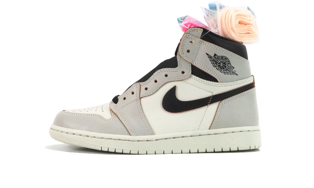 "AIR JORDAN 1 ""LIGHT BONE"""